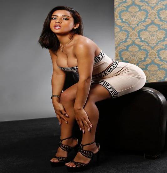 travesti Lola Souza anuncio
