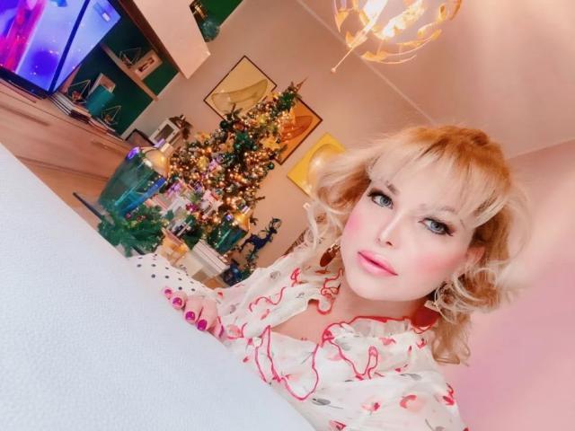 Travesti Acompanhante p Carla Felline 2326188