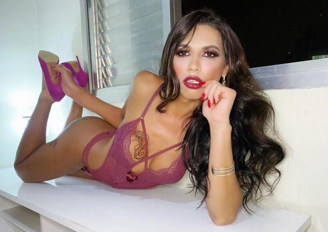Travesti Acompanhante p Roberta Rodrigue6128414